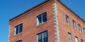 Wonen in een omgebouwd kantoor, fabriekspand of winkel